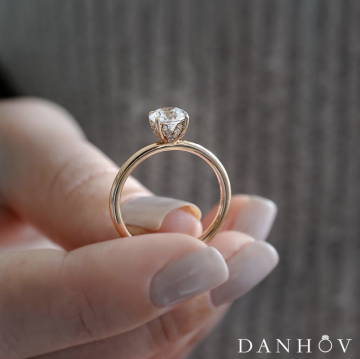 Our Favorite Yellow Gold Engagement Rings